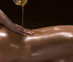 Ayurveda Massage With Oil