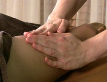 Leg Massage on Thigh
