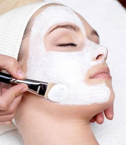 Facial Using Essential Oils For Dry Skin