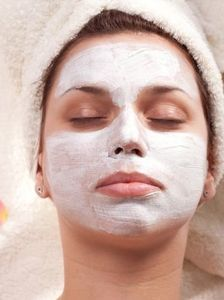 Facial Mask | Using Essential Oils for Normal Skin Care